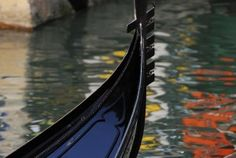 The gondola is a unique, inimitable and fascinating boat dating back to 1094. Only in the '800, the gondola acquires the current shape for a greater manoeuvrability and visibility to the gondolier. Until the last years of 800, the hull was not painted but pitched with calafati (ancient art to clean and stagnate ships). Later on, oils and paints were skillfully used.