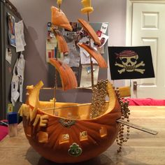 Halloween Pumpkin Carving Pirate Ship