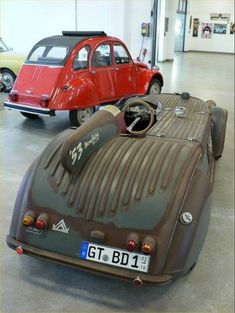 Sport Cars, Race Cars, Diy Go Kart, 2cv6, Futuristic Cars, Futuristic Vehicles, Mens Toys, Roadster, Weird Cars