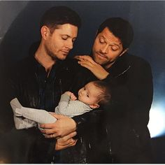 OMG.. Jensen and Misha with a  baby..