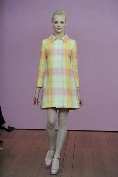 Philosophy di Lorenzo Serafini Fall 2011 Ready-to-Wear Fashion Show - Ginta Lapina