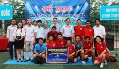 Bế mạc giải bóng đá các Doanh nghiệp tỉnh Ninh Thuận 2017 Bongs, Mac, Baseball Cards, Sports, Hs Sports, Pipes And Bongs, Sport, Poppy