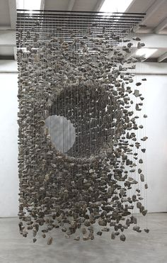Amazing Three-Dimensional Suspended Rock Installations - - Korean artist Jae-Hyo Lee is known for his comprehensive works made with organic materials found in nature. The contemporary artist's pieces often utilize. Modern Art, Contemporary Art, Street Art, Instalation Art, Art Sculpture, Stone Sculpture, Wow Art, Korean Artist, Art Plastique