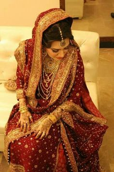 Bunto Kazmi @@@@......http://www.pinterest.com/dhmwijffels/my-wedding-inspiration/