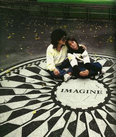 Yoko and Sean, 1985 Imagine Circle in Central Park Photo by Harry Benson
