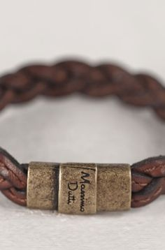 BACKSTITCHED INTERTWINED LEATHER BRACELET - Leather Accessories - Garments - MEN - Malaysia