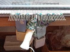 Kriskrafter: Fingerless Mitts on my Knitting Machine Knitting Machine Patterns, Crochet Patterns, Fingerless Mitts, Knit Mittens, Free Knitting, Triangle, Knits, Xmas, Tech