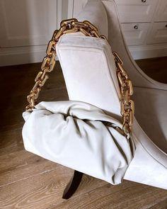 Fashion Bags, High Fashion, Fashion Accessories, Womens Fashion, Gucci, Fendi, Luxury Flowers, Trendy Handbags, Chanel