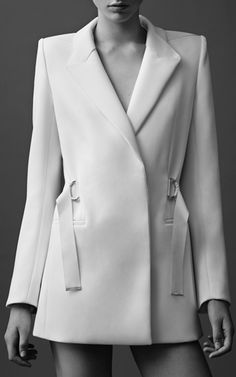 Sleek White Tailoring - chic minimalist style // Mugler Resort 2015