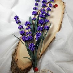 "41 aprecieri, 2 comentarii - Marianne (@marianneweddingdesign) pe Instagram: ""Lavander  #flowers #floridehârtie #flori #lavandaflower #handmade #crepepaperflower…"" My Flower, Flowers, Crown, Instagram, Jewelry, Corona, Jewlery, Jewerly, Schmuck"