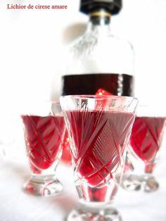 Lichior de cirese amare - Ciresata | Retete Culinare - Bucataresele Vesele Diy Food, Martini, Shot Glass, Homemade, Food And Drink, Drinks, Tableware, Martha Stewart, Pantry