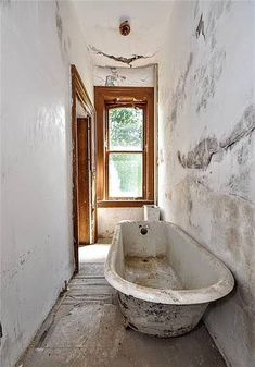 1883 Fixer Upper For Sale In Finleyville Pennsylvania — Captivating Houses