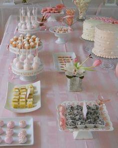 Ideas para organizar una fiesta de Comunión 2014 en casa mesa dulces