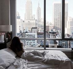 Imagen de girl, city, and bed