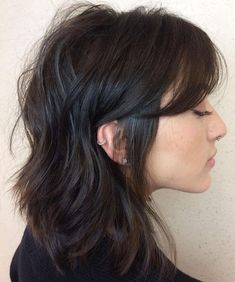 Medium Messy Hairstyle With Bangs Lob Haircut With Bangs, Side Bangs Hairstyles, Diy Hairstyles, Shaggy Hairstyles, Diy Haircut, Layered Hairstyles, Updo Hairstyle, Protective Hairstyles, Protective Styles
