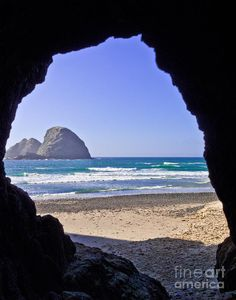 """✯ """"The Tunnel"""" at the beach in Ocean City, Oregon"""