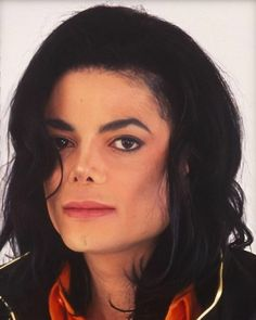 "𝐌𝐢𝐜𝐡𝐚𝐞𝐥 𝐉𝐚𝐜𝐤𝐬𝐨𝐧 on Instagram: ""I am fucking obsessed with him #michaeljackson"" Michael Jackson Funny, Mike Jackson, Jackson Family, Joseph, Mj Dangerous, Michael Jackson Wallpaper, Gorgeous Black Men, Beautiful, Love U Forever"