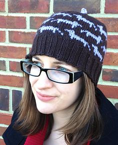 Free dachshund hat knitting pattern!!  This hat was inspired by my favorite little German (a long-haired dachshund named Rondo) and named for my favorite Schumann Lied. I didn't intend to release the pattern on Valentine's Day, but when I finally had the chance to sit down and measure my last test-knit hat, it happened to be February 14.