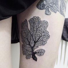 This intricate fan coral. | 18 Simple And Beautiful Ocean-Inspired Tattoos
