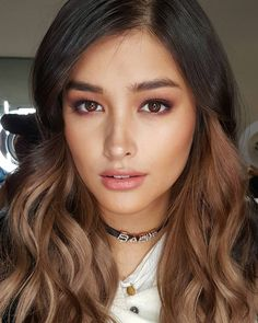 27 Reasons Liza Soberano Should Be The Eighth World Wonder She's a Filipina model, actress, and soon to be declared the Eighth Wonder of the World. 27 Reasons Liza Soberano Should Be The Eighth World Wonder Bride Makeup, Wedding Hair And Makeup, Hair Makeup, Romantic Wedding Makeup, Wedding Makeup For Brown Eyes, Makeup List, Asian Bridal Makeup, Asian Eye Makeup, Arabic Makeup