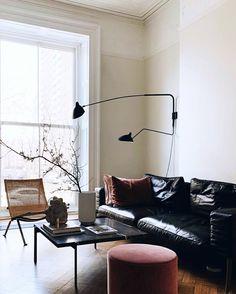 Living Room Interior, Living Room Decor, Living Spaces, Decor Room, Interior Inspiration, Room Inspiration, Pretty Things, Black Leather Sofas, Black Leather Sofa Living Room
