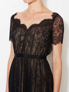 Scalloped Lace Ballerina Dress by Notte By Marchesa at Gilt