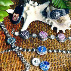Gambini snaps jewelry