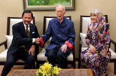 Our founding Secretary-General Mr Lee Kuan Yew spent time with Brunei's Sultan Hassanal Bolkiah who is on a three-day state visit to Singapore.https://www.facebook.com/photo.php?fbid=814525455225523&set=a.154478467896895.33359.132146776796731&type=1&theater