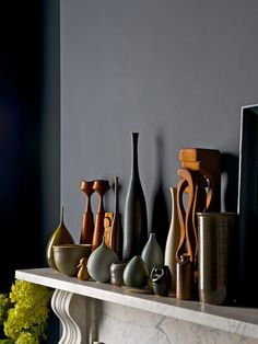 mantle styled by jo atkins-hughes (decor, design, interior, home, fireplace) Dark Walls, Grey Walls, Dark Interiors, Colorful Interiors, Interior Styling, Interior Decorating, Mantle Styling, Vases, Copper And Grey