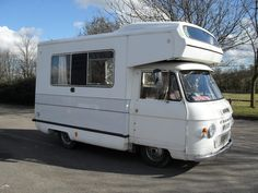 How cute is this?!  1975 Commer CI Autohome