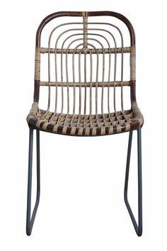 Cette superbe chaise lounge KAWA en rotin naturel de House Doctor est idéale pour ajouter une lueur originale et ethnique à un intérieur Scandinave, Bohème ou Contemporain. Cette chaise  lounge se mariera très bien dans un jardin ou terrasse.