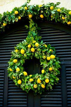 lovely citrus wreath!  :)