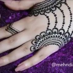 Cute Arabic Mehndi Designs 2020 with Videos for Hands Henna Hand Designs, Mehndi Designs Finger, Latest Arabic Mehndi Designs, Mehndi Designs For Girls, Mehndi Designs 2018, Mehndi Designs For Beginners, Mehndi Designs For Fingers, Unique Mehndi Designs, Mehndi Design Pictures