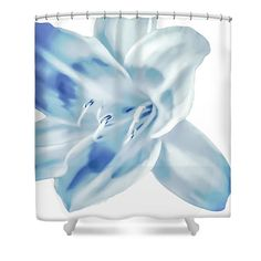 Unique Beautiful Blues Tropic Flower on White Floral Designer Shower Curtain from my Original Fine Art Photography. Very pretty original floral design.  All items in my shop are made in the USA with the exception of International orders. This is for the designer shower curtain only. Measurements are 71 wide by 74 tall. Does NOT include rod, rings or liner. The curtain is 100% Polyester fabric and 12 holes at the top for easy hanging.   Please allow 1-3 days for production and 1-2 weeks for…