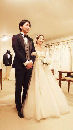 56c2ec59628a4 2015年度タキシード&ウェディングドレス実例集まとめ500 結婚式・新郎新婦2ショットのみ  - NAVER まとめ