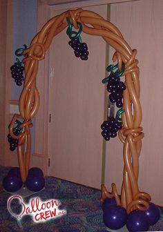 #balloonarch #grapevine