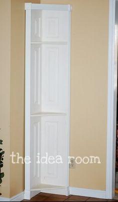 corner shelf - I need these in every corner of my house!