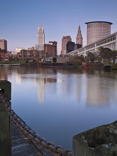 This was taken from the bank of Cuyahoga River looking towards the Cleveland, OH skyline and the Veterans Memorial Bridge. Cleveland Skyline, Downtown Cleveland, Cleveland Rocks, Beautiful Park, Beautiful Places, The Buckeye State, City Skylines, County Seat, Amish Country