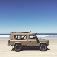"""1,955 Likes, 13 Comments - Luísa Covolan (@landroverdefender) on Instagram: """"SEND A PIC Featuring: @mikeyandersson #defender #landroverdefender #defender90 #defender110…"""""""