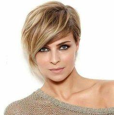 Asymmetrical-Long-Bangs Best Short Haircuts You will Want to Try - Frauen Haar Modelle Blonde Haircuts, Best Short Haircuts, Haircuts With Bangs, Hairstyles Haircuts, 2018 Haircuts, Latest Hairstyles, Medium Hair Styles, Short Hair Styles, Short Hair Trends