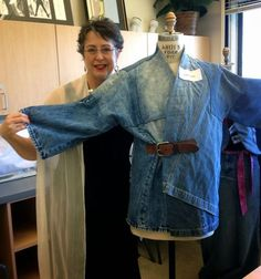 I recently completed a garment for Canada College's upcycled denim competition. ME… - UPCYCLING IDEAS I recently completed a garment for Canada College's upcycled denim competition. Denim And Lace, Diy Jeans, Sewing Clothes, Diy Clothes, Fashion Jeans, Fashion Clothes, Jean Diy, Estilo Jeans, Mode Jeans