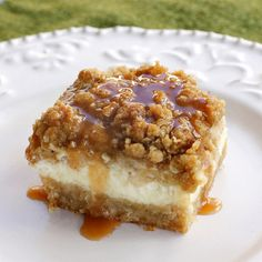 Caramel Apple Cheesecake Bars OH MY GOSH my mom makes these at Christmas time