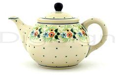 lovely polka dot teapot