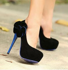 Sweet, feminine high heels pumps