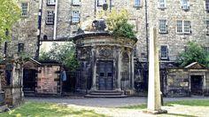 Greyfriars (Edimburgo, Scozia) | Halloween, i 5 cimiteri più inquietanti del mondo