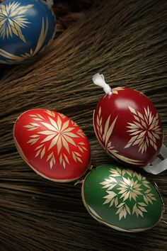 SO much work but beautiful! Eastern Eggs, African Tribes, Easter Traditions, Egg Art, Egg Decorating, Decoration, Christmas Bulbs, Traditional, Holiday Decor