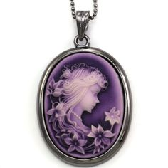 PURPLE PAMPER:  Purple Cameo Pendant Necklace Charm Antique Vintage Style Lady Oval Fashion Jewelry