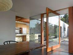 Portas Pivotantes - Clique Arquitetura