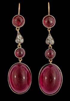 A pair of cabochon cut garnet, red paste and diamond earrings. Victorian or Victorian style. Garnet Jewelry, Garnet Earrings, Red Jewelry, Art Deco Jewelry, Luxury Jewelry, Diamond Earrings, Jewelery, Drop Earrings, Diamond Brooch
