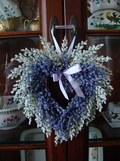 Miniature wreaths find their way into nearly every room in the home. they work wellin all sorts of small places and when made of lavendar, they smell great too! If you like the idea of making a bunch of small statements around the house instead of just one big one, then this little lavender wreath...